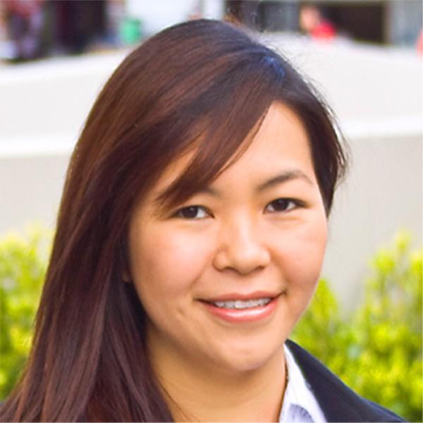 Julie Hoang